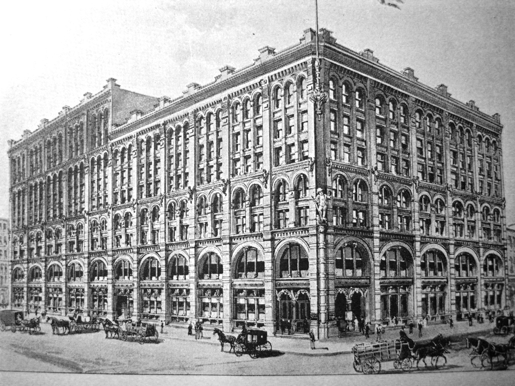 New York Developers To Build Suburban Style Mall In The: Buildings Remarquables De New York: Puck Building
