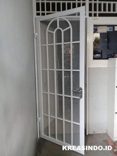 Pintu Kawat Nyamuk Besi Minimalis pesanan Bu Ita Kayu Putih Jakarta