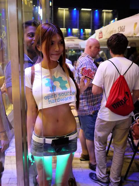 最性感爆乳大陸女駭客『SexyCyborg』走紅 私照超火辣!