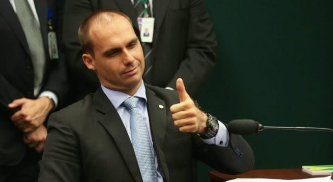 Vereadores de Natal aprovam título de cidadania para Eduardo Bolsonaro