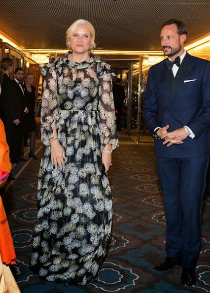 King Harald, Queen Sonja, Crown Prince Haakon and Crow Princess Mette-Marit attended the Nobel Peace Prize gala banquet in Oslo
