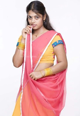 Sindhu menon latest pics in cute dress