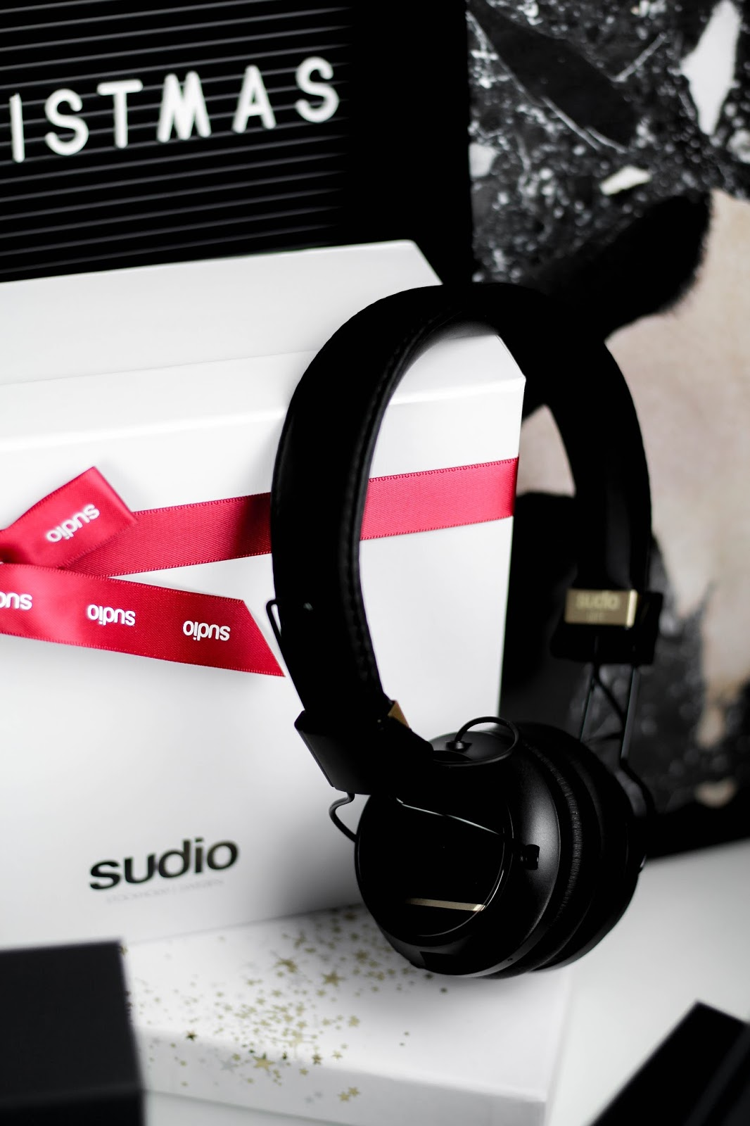 Sudio Black Regent Over Head Headphones