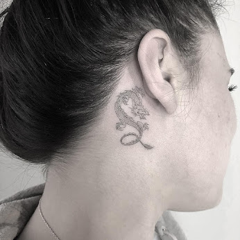Small Tattoo Ideas and Designs for Women | Freepix
