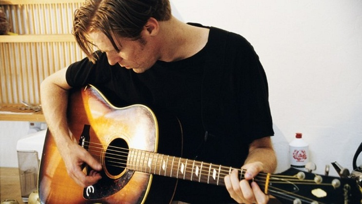 Terjemahan Lirik Lagu Straight From The Heart ~ Bryan Adams