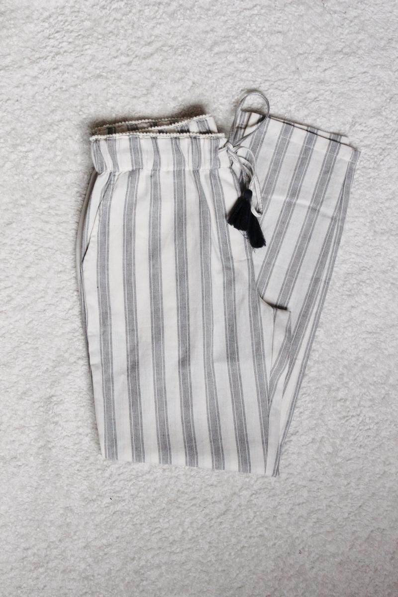 pantalon-rayé-mango