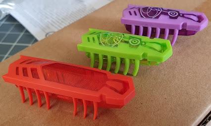 Hexbug Flash nano and ordinary nano robot insects
