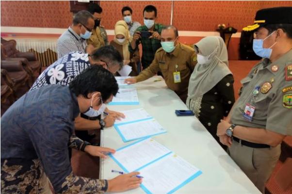 Ini Komitmen Bersama Yang Ditandatangani Walikota Tanjungpinang  Bersama Agen dan Pangkalan Gas LPG 3 Kg