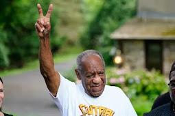 Komedian Bill Cosby Bebas Setelah Dakwaan Hukuman Pelecehan pada Tahun 2018 Dibatalkan