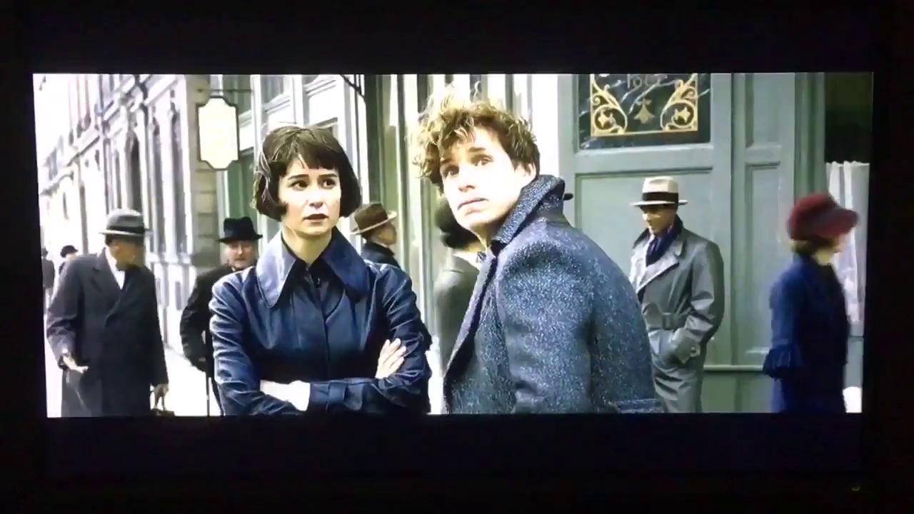 Vídeo de 'Os Crimes de Grindelwald' diz que o trailer sai neste sábado.