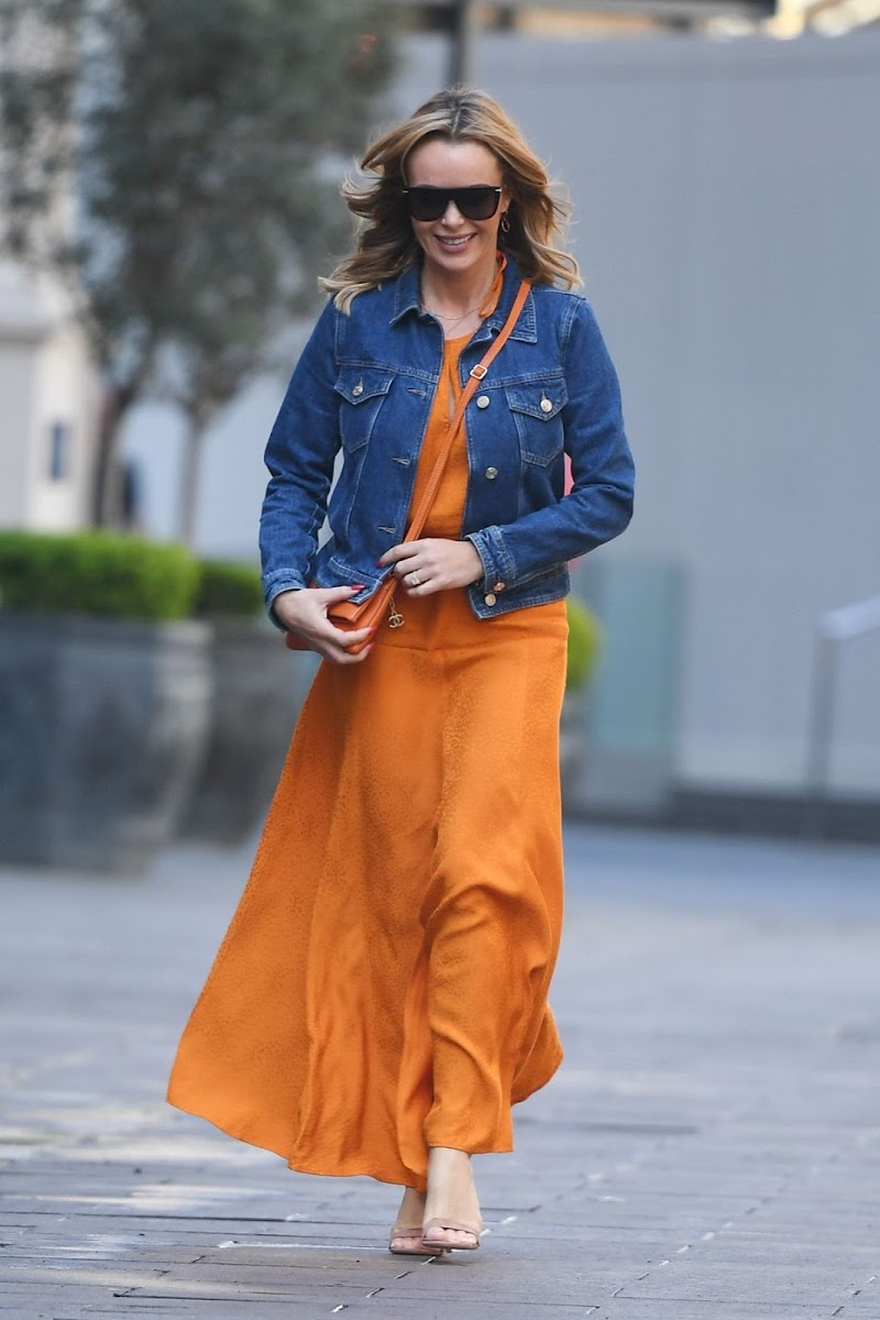 Amanda Holden Spotted While Leaving Global Radio in London 19 Apr-2021