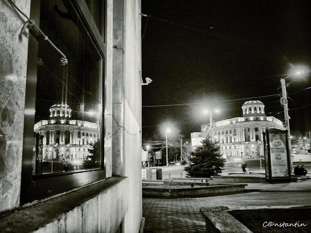 Biblioteca-Centrala-Universitara-IASI_Foto-Reflexii-Blog-FOTO-IDEEA
