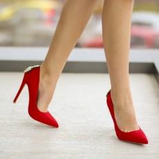 Pantofi rosii de dama eleganti cu toc inalt si accesoriu auriu
