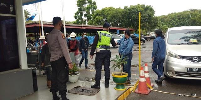 Patroli Ditpamobvit Polda Banten Cegah Penyebaran Covid-19 di Perusahaan