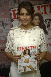 Bipasha Basu Launches Health Magazine March 2017 11.jpg