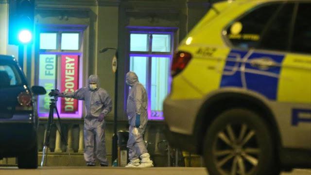 """Ataque """"terrorista"""" en Londres se salda con al menos dos heridos"""