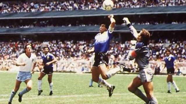Maradona Gol Tangan Tuhan Meninggal