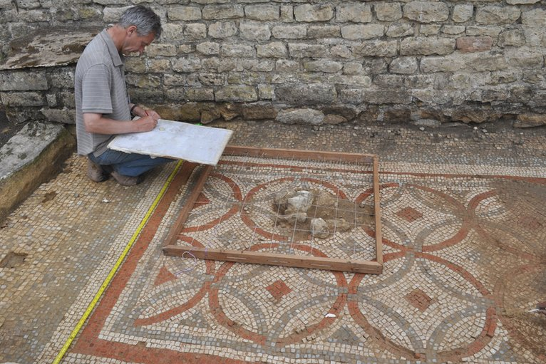 how to build a roman villa bbc pdf