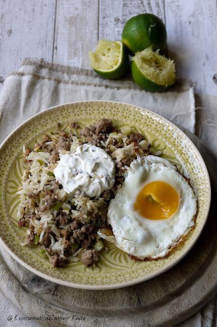 Experimente aus meiner Küche: Reispfanne mit Hackfleisch, Frühlingszwiebel und Limette