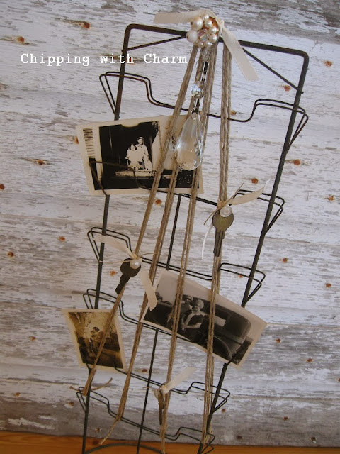 Chipping with Charm:  Postcard Holder to Christmas Tree...http://www.chippingwithcharm.blogspot.com/