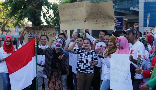 Warga Lumajang menolak paham radikalisme