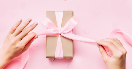 What to Give a Girl for 19 Years Old