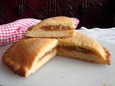 Stuffed Bread Recipe @ treatntrick.blogspot.com
