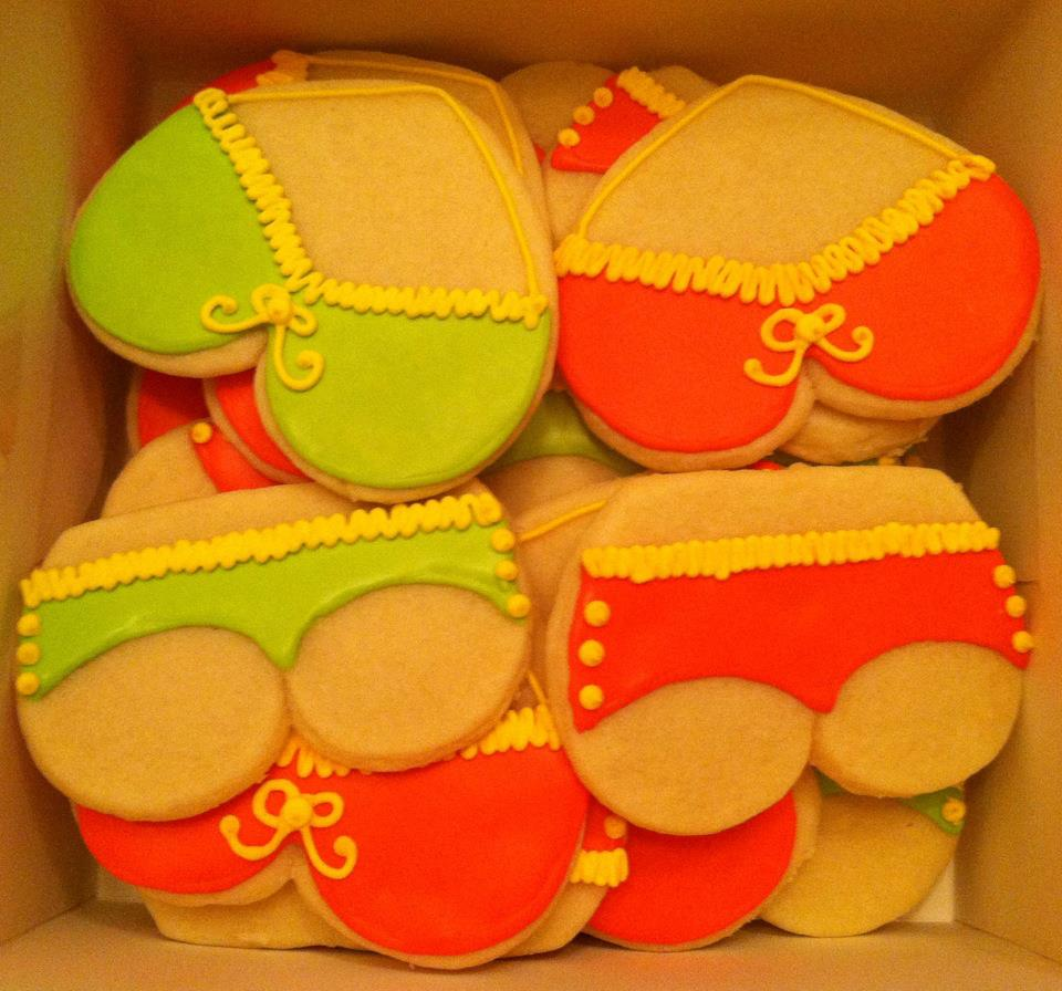 Sweet Treats By Susan December 2012 Updates: Sweet Treats By Susan: Bachelorette Party Cookies