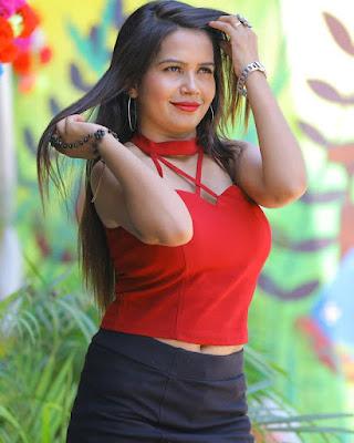 Pooja Maurya model