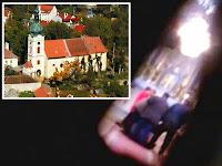 Exorcism Direkam Melalui Lubang Kunci Gereja