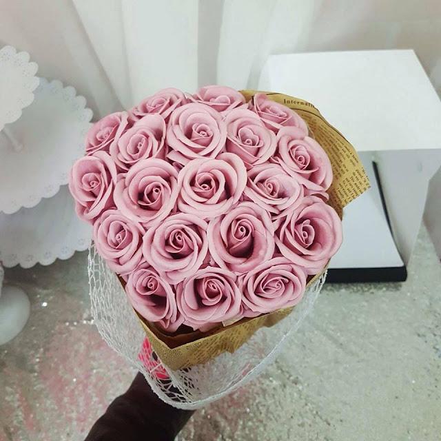 Hoa hong sap thom vinh cuu tai Mac Dinh Chi