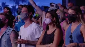 mask wrestling fans