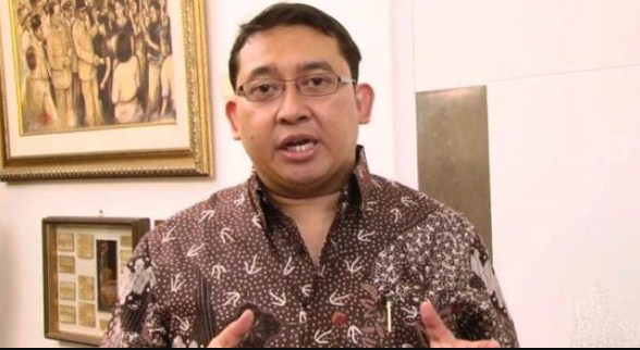 Standar Ganda Hoax, Jokowi Justru Sering Kumpulkan Buzzer di Istana Negara