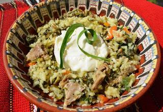 Агнешко месо с ориз и зелена коприва