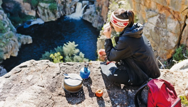 5 Makanan Berikut Wajib Anda Bawa Saat Naik Gunung