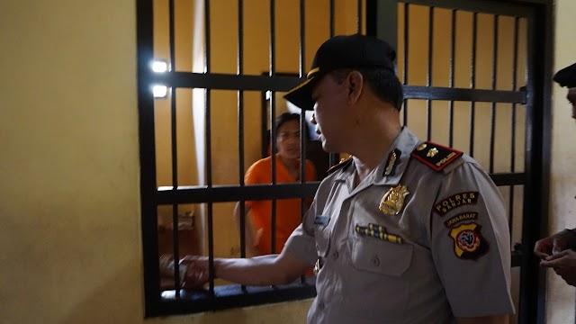Kompol Ade Najmulloh Cek Tahanan Polres Banjar di Pagi Hari