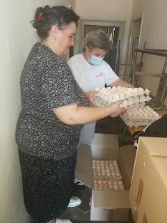 Марија Олах Калмар, секрерар Црвеног крста Тител и Снажана мирков, председница Друштва за борбу против шећерне болести