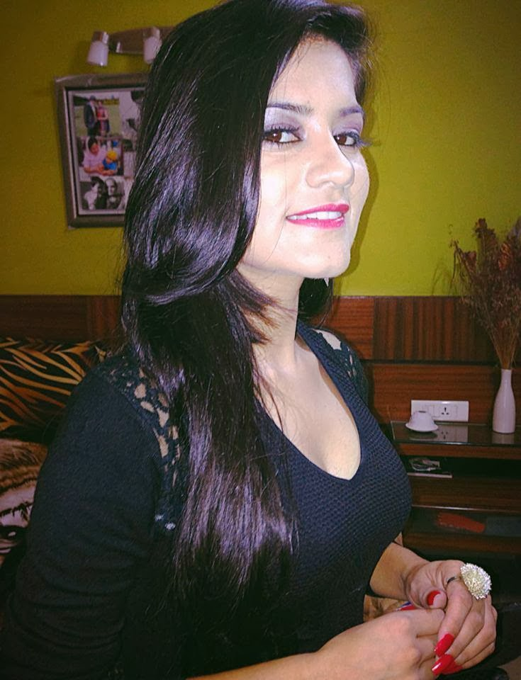 Kaur b latest hd gallery pictures 1 hdcolorspictures - Kaur b pics hd ...