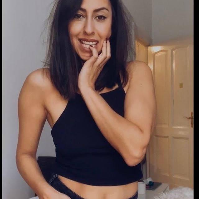 Melissa Khalaj 6