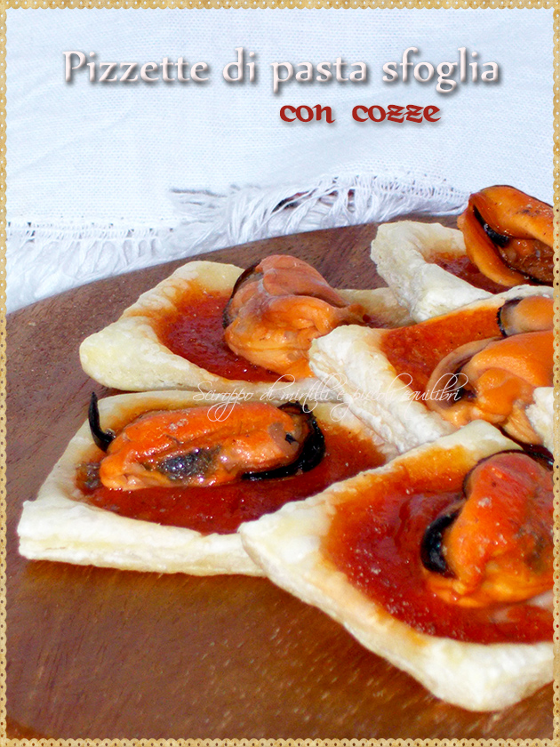 Pizzette di pasta sfoglia con cozze