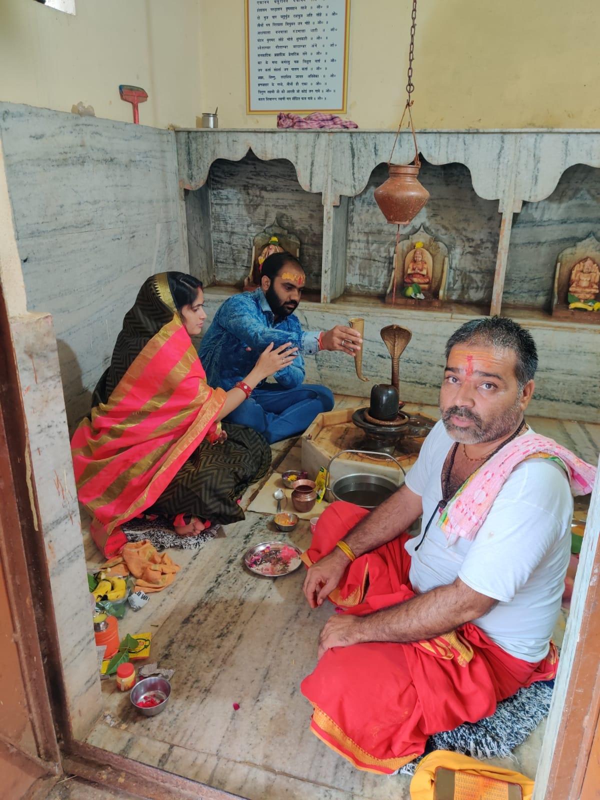 मेघनगर श्रावण माह के दूसरे सोमवार पर शिवालयों में उमड़ी श्रद्धालुओं की भीड़