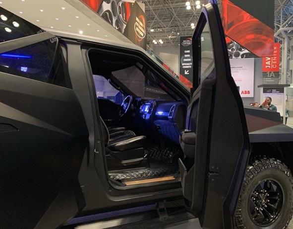 Dashbord Karlmann King SUV