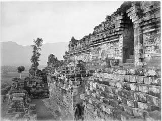 Sejarah pertama kali ditemukannya Candi Borobudur