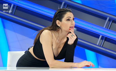 anna Tatangelo foto Top 10 puntata 30 aprile