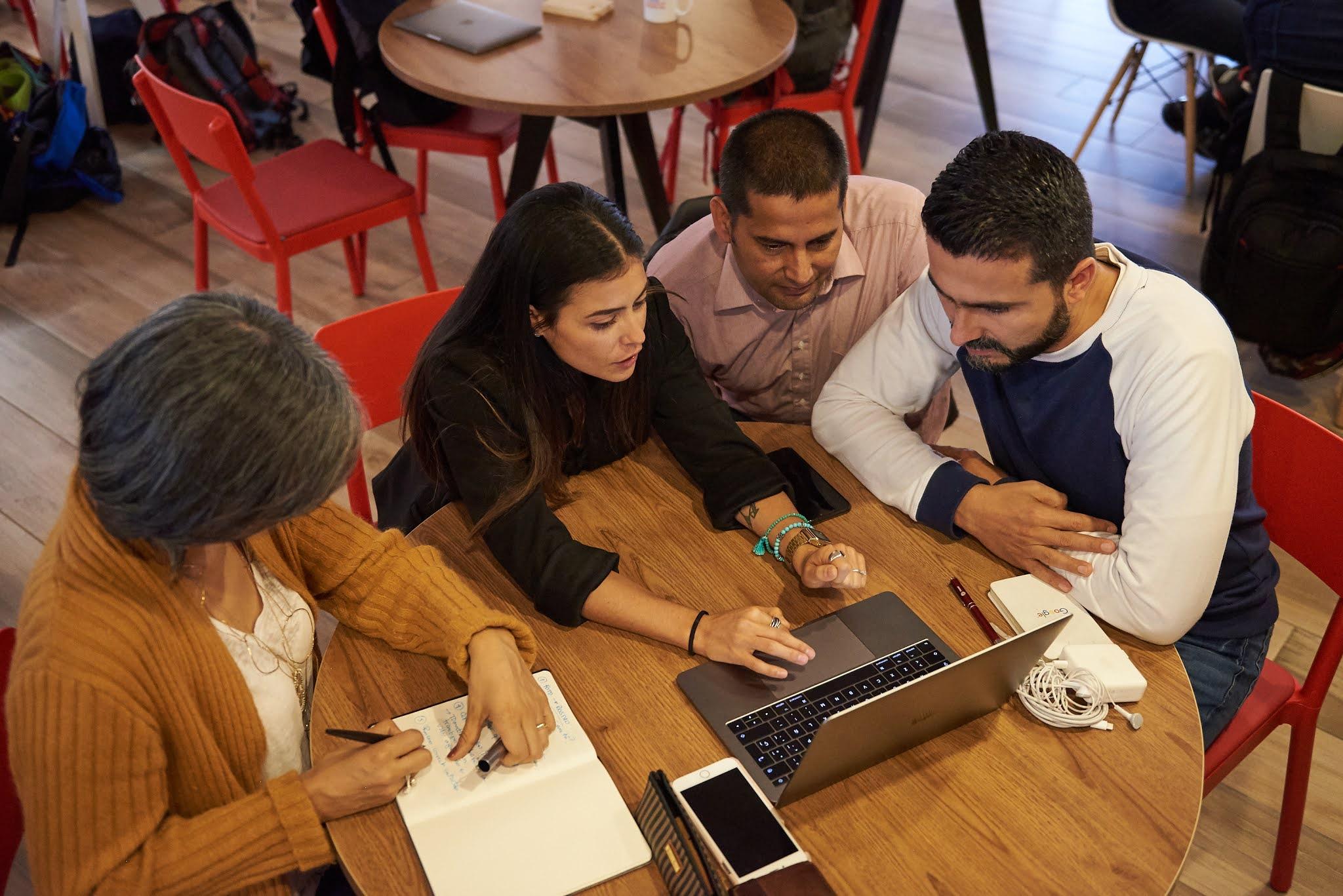 Se abre convocatoria en busca de empresas digitales colombianas que quieran expandirse a mercados internacionales