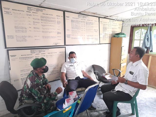 Bersama Warga Binaan Personel Jajaran Kodim 0208/Asahan Laksanakan Komsos Berikan Himbauan Disiplin Protokol Kesehatan