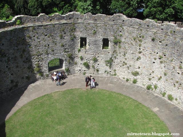 Кардиффский замок - старая крепость