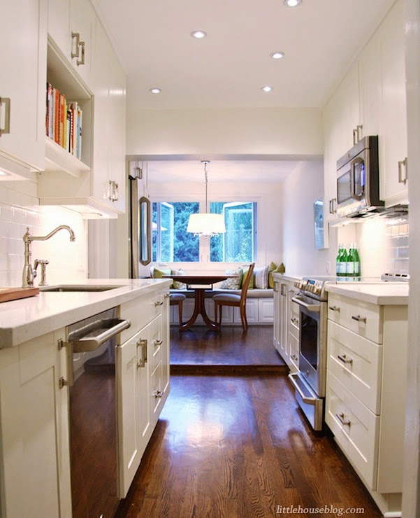 The Perfect White Paint Benjamin Moore Cloud White And One To