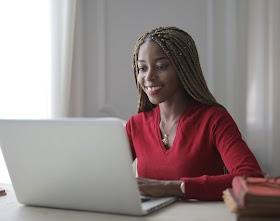 11 HIGH PAYING JOBS FOR WOMEN NO DEGREE REQUIRED