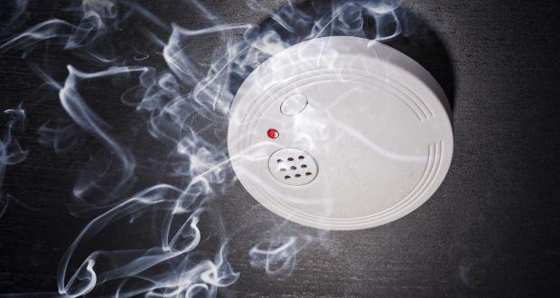 Jenis-jenis Smoke Detector (Detektor Asap) dan Cara Kerjanya